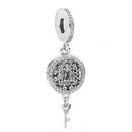 Pandora 797660CZ Charm Pendant Regal Love Key